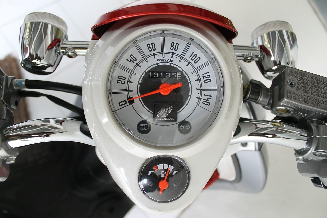 速度を測るドライブを選択