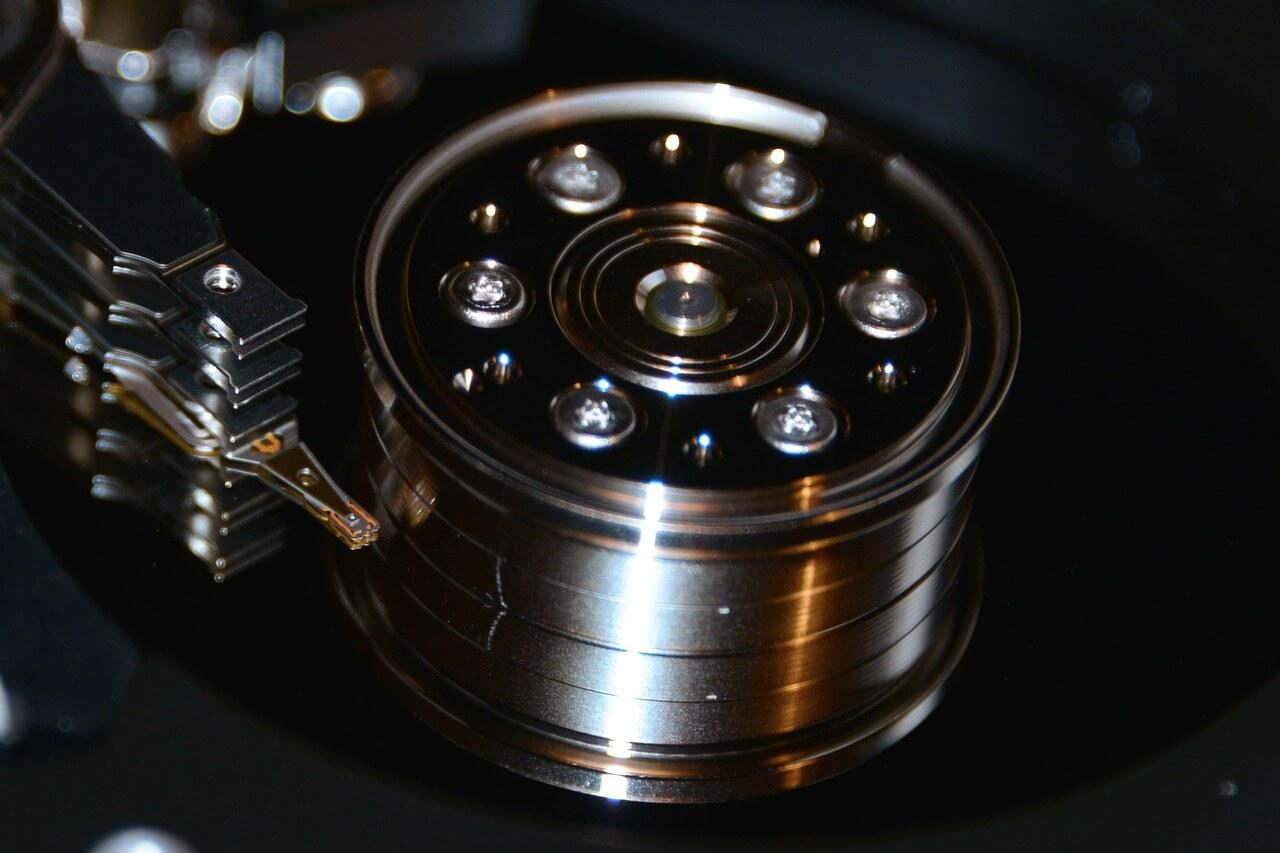 hard-drive-453773_1280