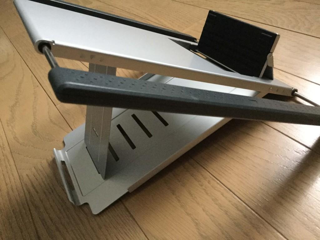 サンワのノートパソコンスタンド iPadスタンド 展開した時の横