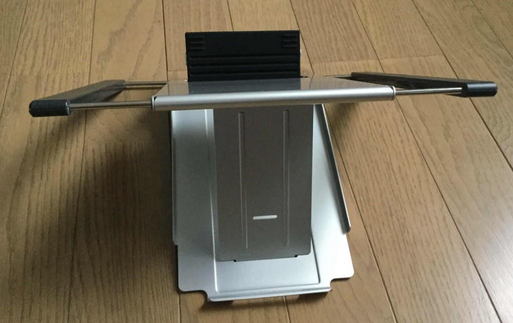 サンワのノートパソコンスタンド iPadスタンド 横展開時の裏