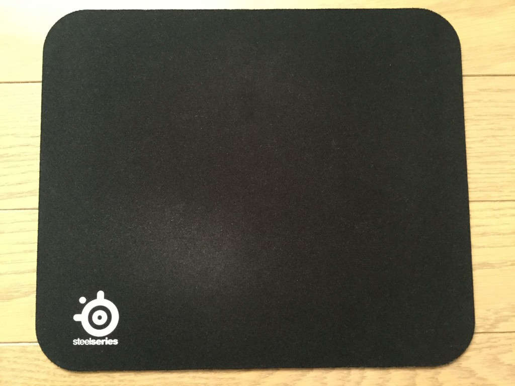 SteelSeries QcK mini マウスパッド 正面