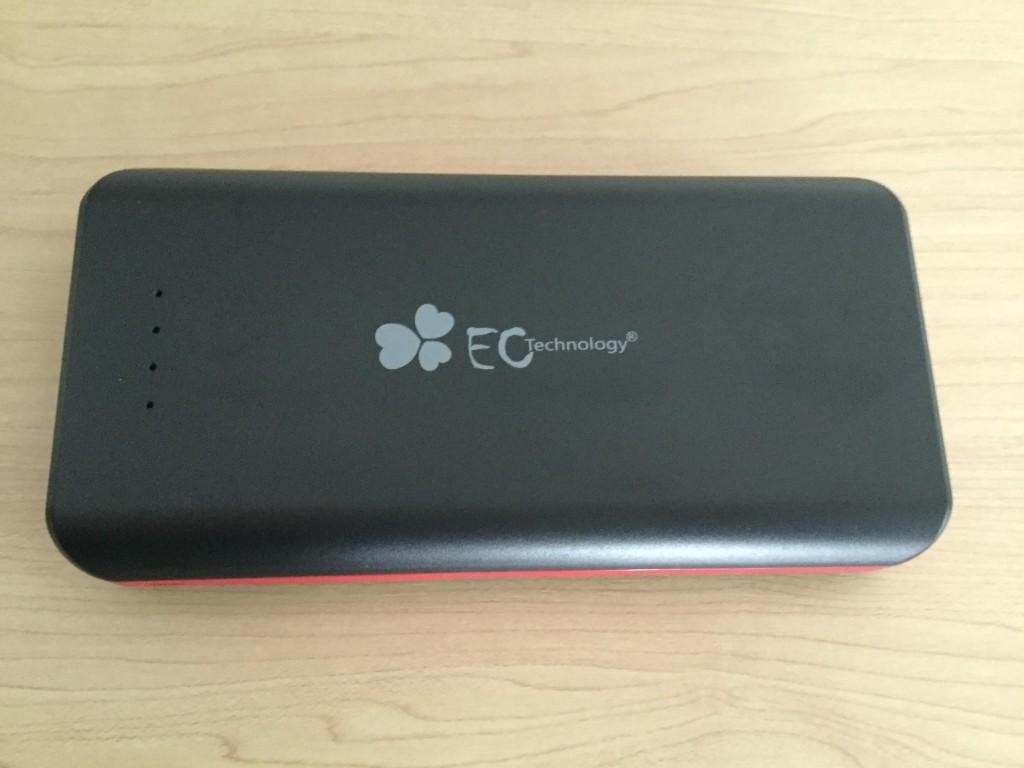 EC-Technology-POWERBANK  22,400mAh 重さはそれほどない