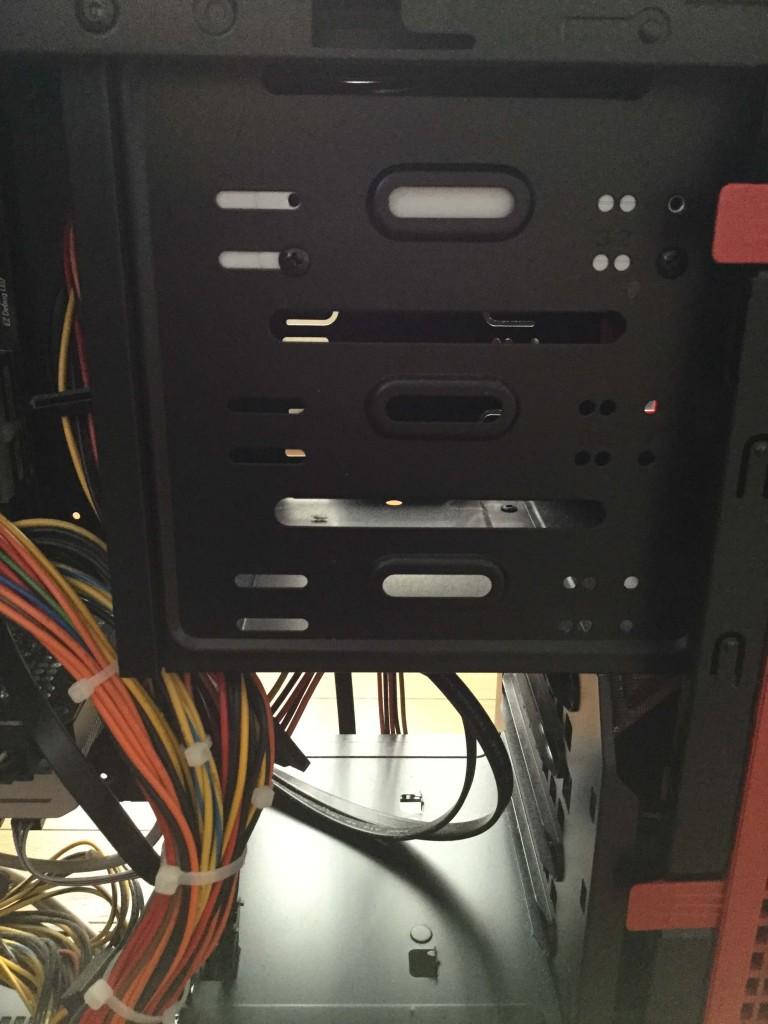 Lev-R017-i7-XM(レベルインフィニティ) ディスクドライブ周辺