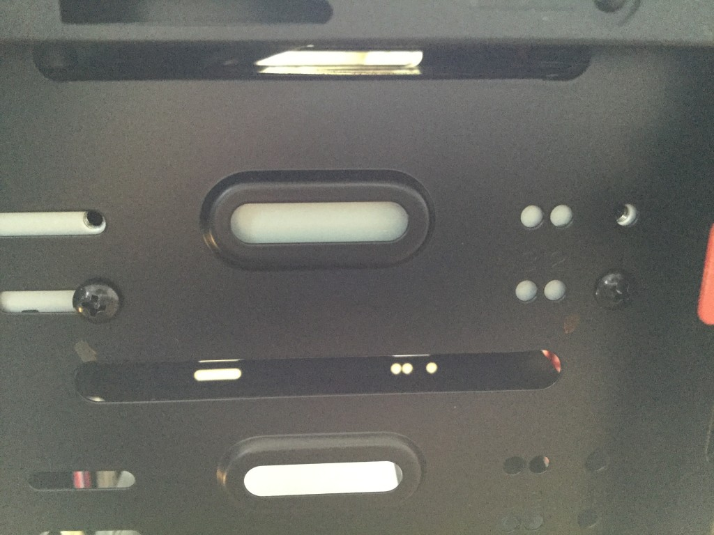Lev-R017-i7-XM(レベルインフィニティ) 正面から見た左側