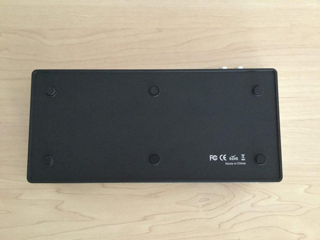 Tendak 4K x 2K HDMI 5x1セレクター 滑り止め用のボタンが付いている