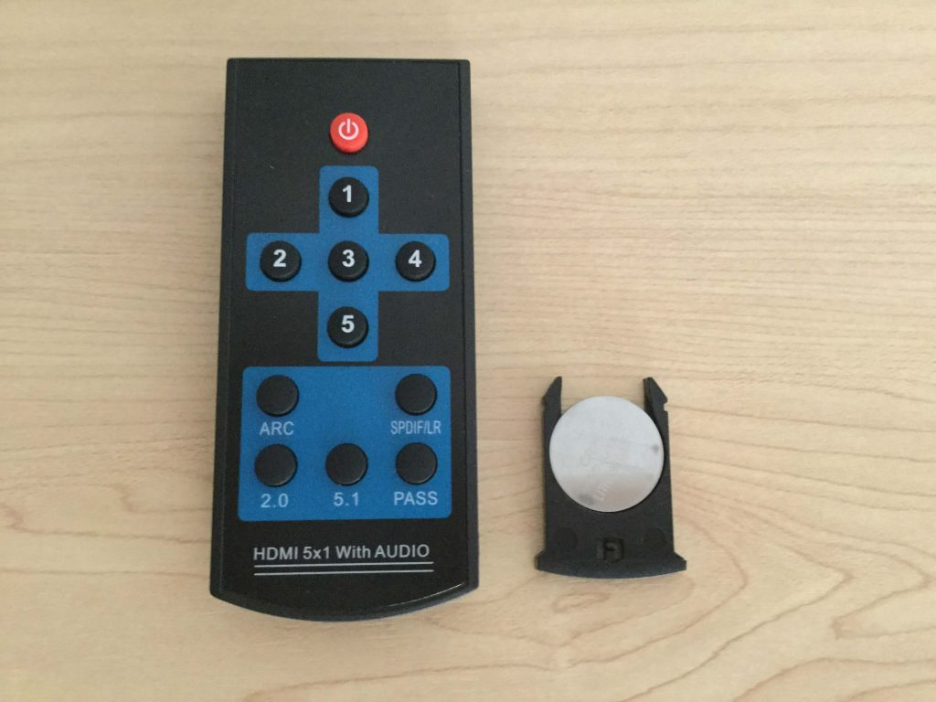 Tendak 4K x 2K HDMI 5x1セレクター リモコン付、電池はボタン式