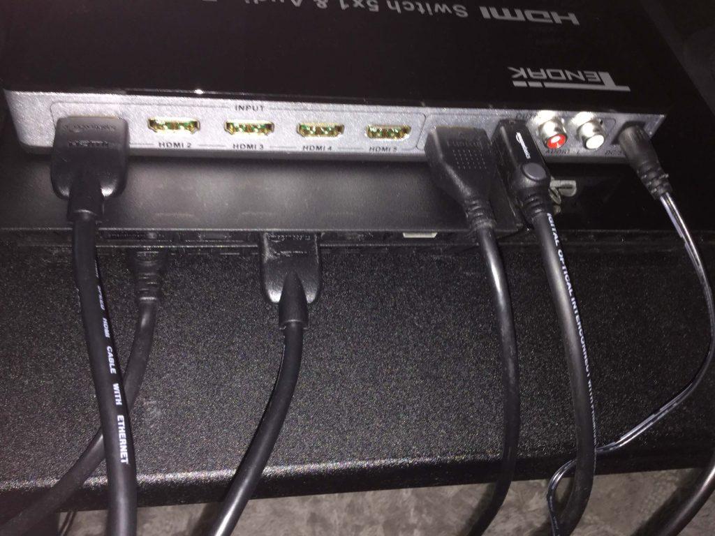 Tendak 4K x 2K HDMI 5x1セレクター セレクターとPS4を接続