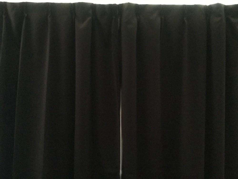 1級遮光 ドレープカーテン 色はブラウン、幅100cmx丈が210cm