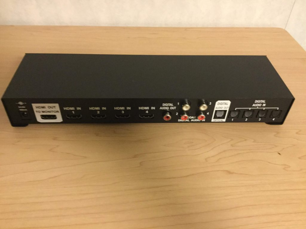 OCTAVA 4x1 HDMI switch with 4x1 Optical Audio HDMIと光デジタルを同時にスイッチ