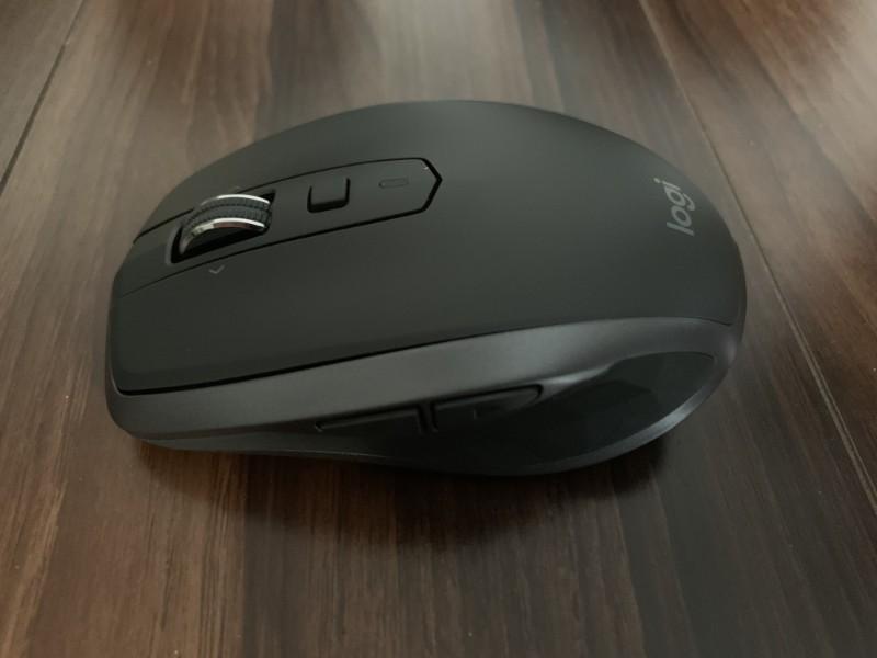 ロジクール MX1600sGR ANYWHERE 2S 多機能なボタンがついている